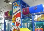 Fast-Food Playlands Are Covered In Filth � One Mom Sets Out To Prove It