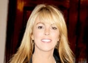 Dina Lohan Shopping A Memoir Detailing Her Awesome Parenting Decisions