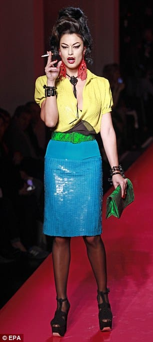 Father Of Amy Winehouse Finds Her Tribute At Fashion Show In Bad Taste