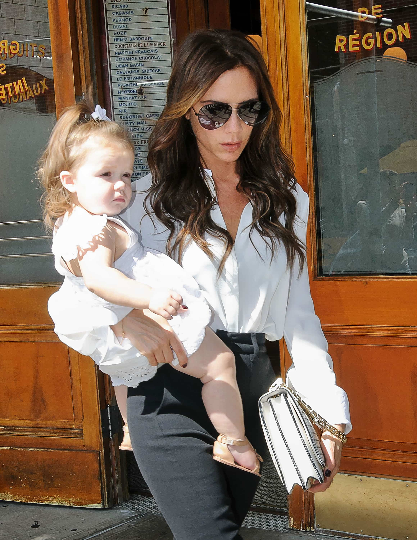 Harper Beckham Does Not Effect Moms Shopping For Children s Clothes