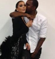 Twitter Kim Kardashian 121112