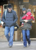 Penelope Cruz and Javier Bardem take their son Leo Encinas Cruz to Faunia Park