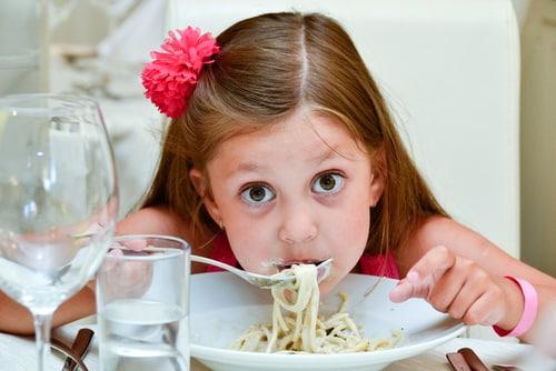 kids at restaurants