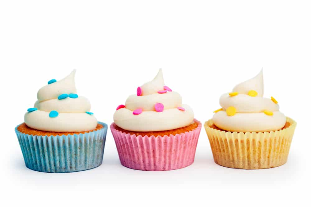 School District Restricts Hugs Party Invitations And Cupcakes