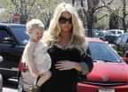 Jessica Simpson Invites People Mag To Her Baby Shower, Keenly Cites How Much Baby Weight She's Gained