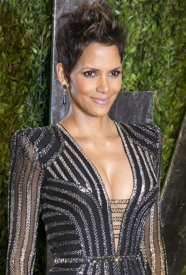 Halle Berry 2013 Vanity Fair Oscar Party at Sunset Tower - Arrivals