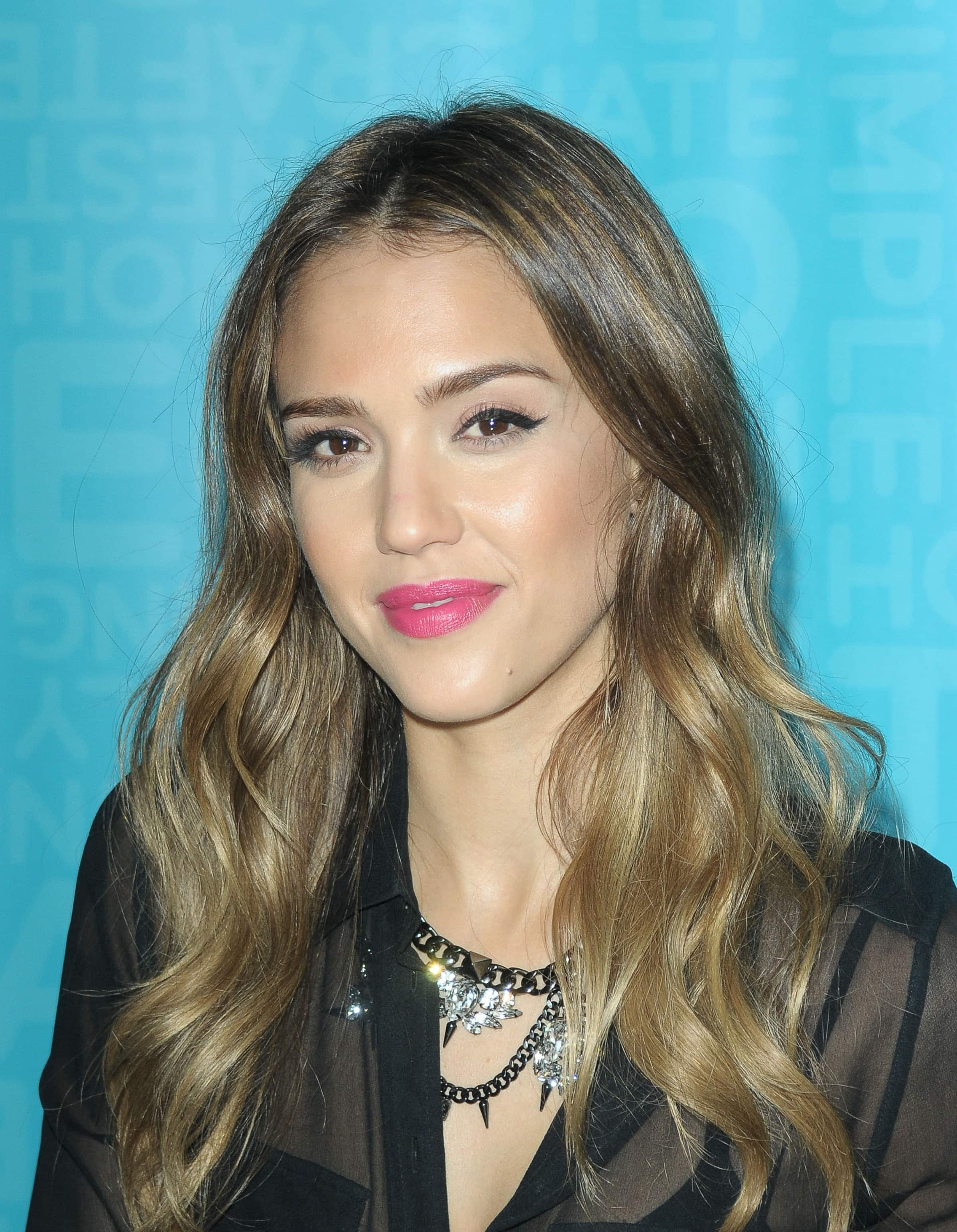 Jessica Alba signs copies of her book 'The Honest Life: Living Naturally and True to You' and greets fans at Coral Gables Congregational Church