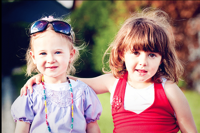 Teaching Girls About Friendship: I Want My Daughter To Love Women