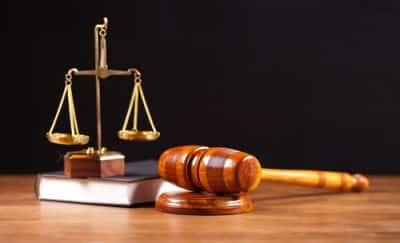 gavel justice balance