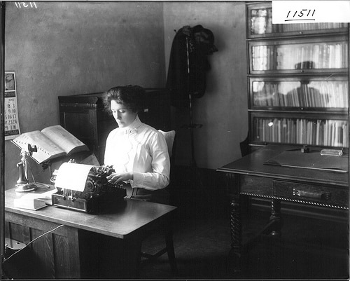 working woman 1900s