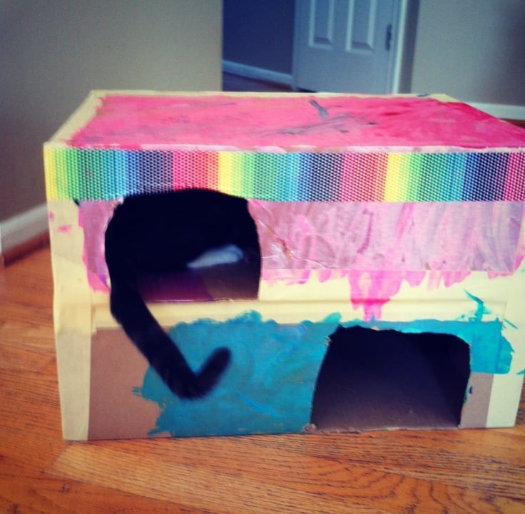 10 amazing cardboard box crafts for kids for Crafts to do when bored pinterest