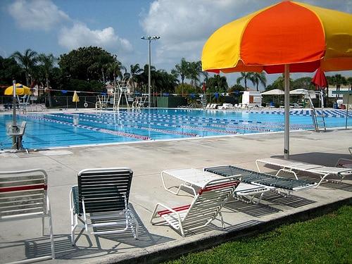 public pool