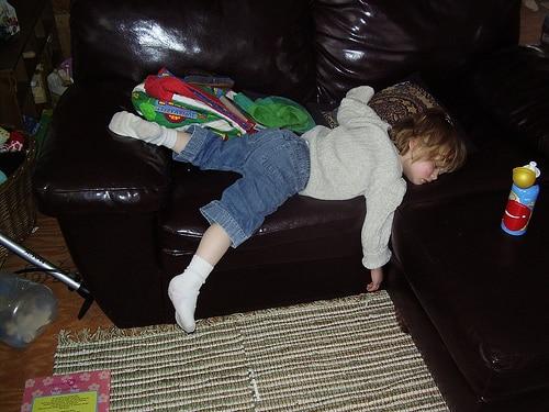 20 Amazing Kid Patented Sleeping Positions Mommyish