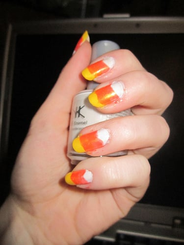 candy corn manicure