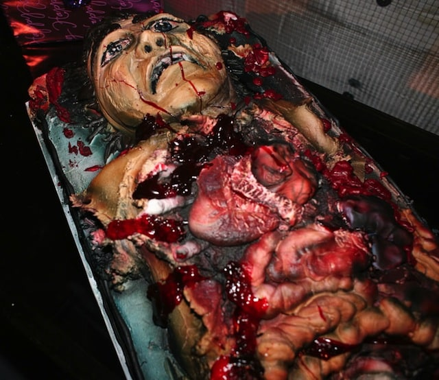 another one from foododdity this is pretty much the cannibal holocaust of halloween cakes - Gory Halloween Food Ideas