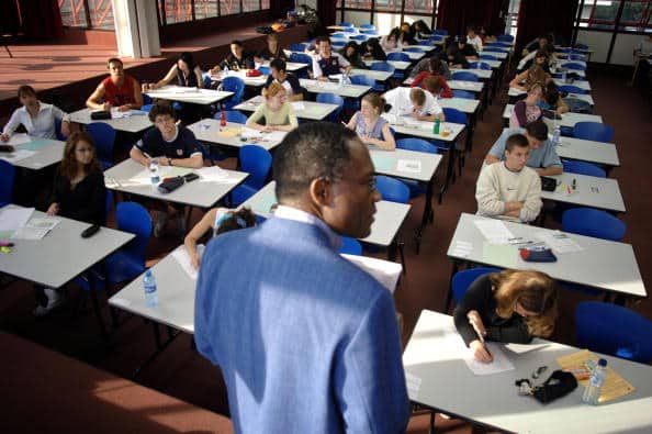 Students pass the French highschool exam