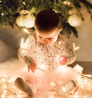 8 Ways To Kill Christmas With Childproofing