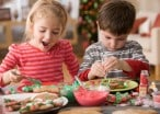 10 Holiday Snacks To Make With Kids That Won't Completely Destroy Your Kitchen