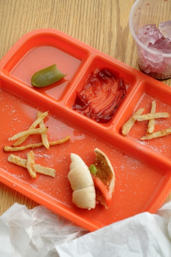 Anonymous Mom: I Challenge You All To Become 'Lunch Angels'