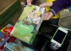 What Happened To This Girl Scout While Selling Cookies Will Infuriate You