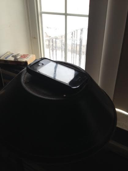 husband clutter lamp phone