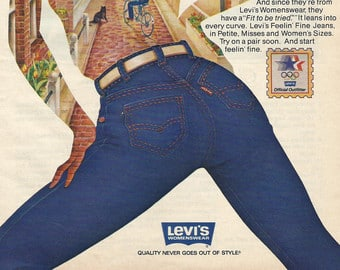 Any Mom That Jumps On The Mom Jeans Revival Must Be Blind