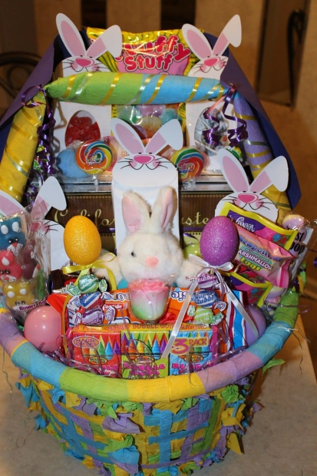 10 Over The Top Kids Easter Baskets