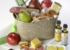 Giveaway: Win An Al Fresco Picnic Basket From The Fruit Company!