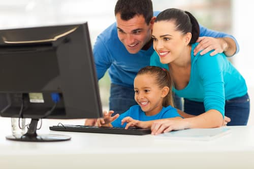 facebook parenting style family using computer