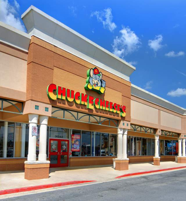 California Pizza Kitchen Store Hours