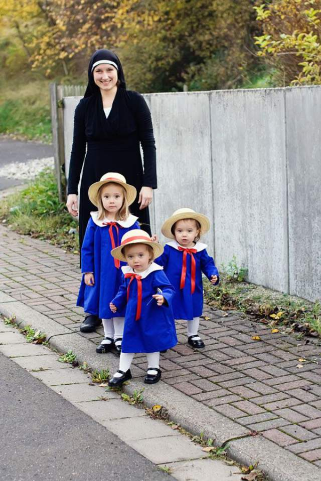 maddy opt  sc 1 st  Mommyish & Matching Halloween Costumes For Parent And Child
