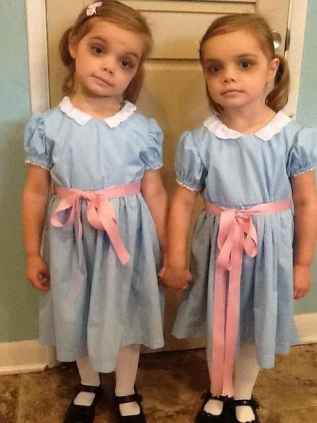 cosgeekblogspotcompinterest - Baby Twin Halloween Costumes