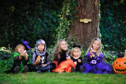 Scary Mommy: The 10 Stages of Choosing a Halloween Costume