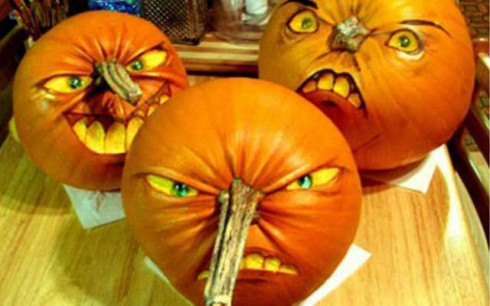 The 10 Most Terrifying Halloween Pumpkins On Pinterest