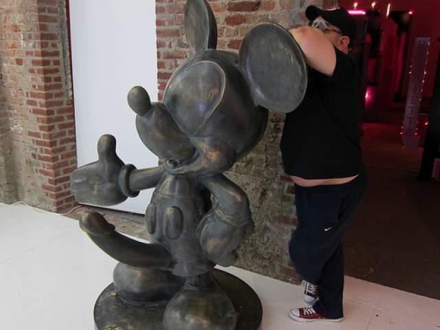 Mickey Penis 120