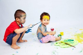 toddlers-painting-messy