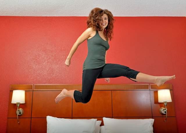 yoga-pants-mom