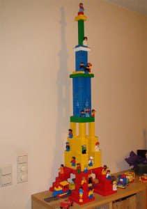 eiffel-tower-duplo
