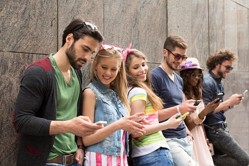 young-people-cell-phones