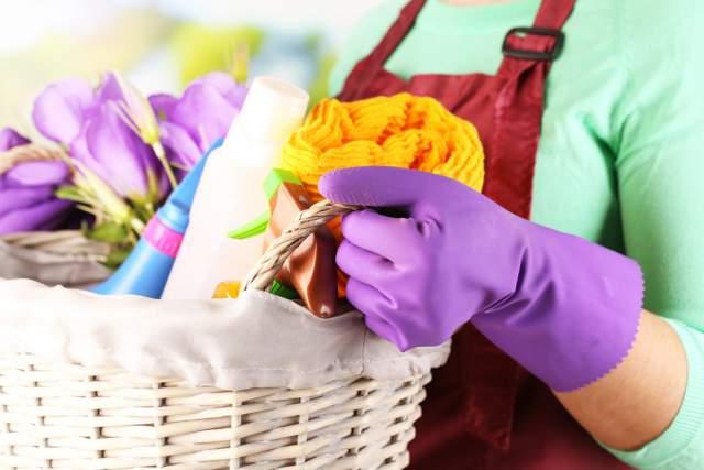 10 Kid-Friendly Spring Cleaning Hacks