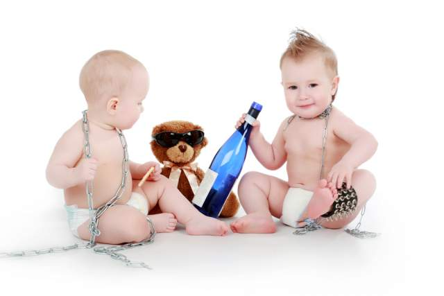babies-with-alcohol-bottle