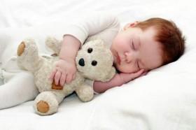 baby-sleeping-stuffed-animal