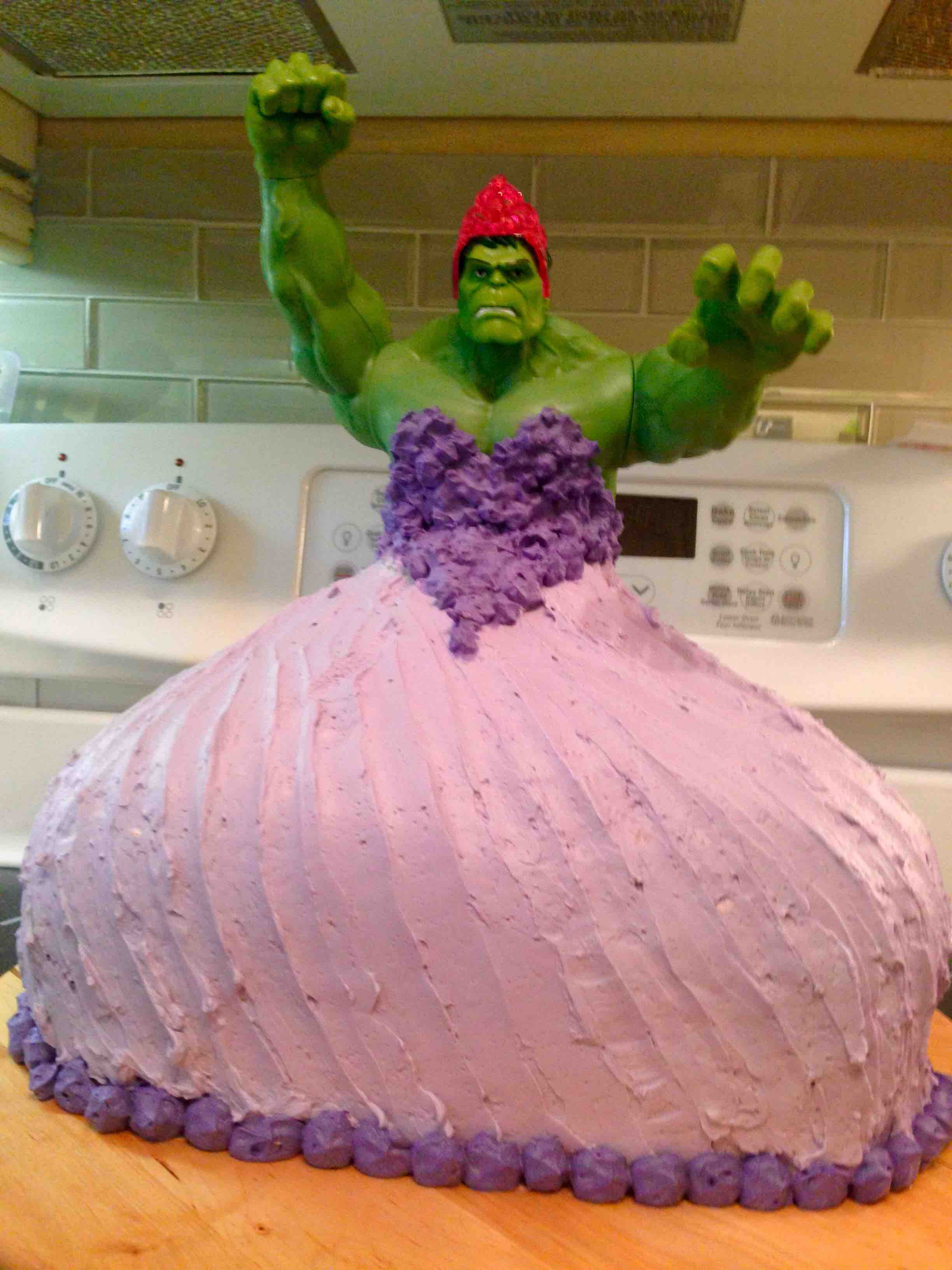 Awesome Hulk Princess Cake Smashes Gender Norms