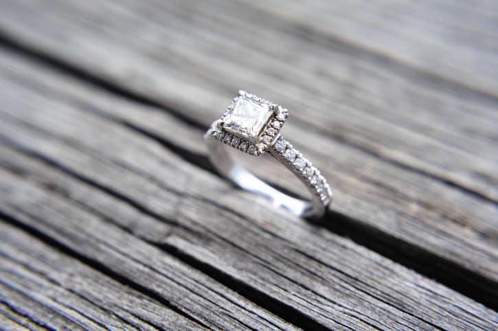 Wedding Ring Etiquette 73 Amazing Shameless Fool Tries to