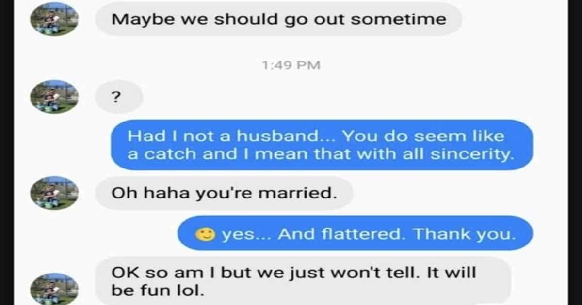 screenshot of imessage convo between woman and married man