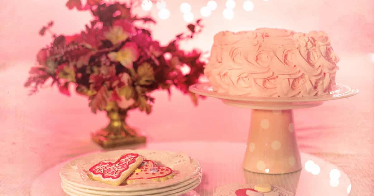Cute Baby Shower Cakes For When Youre Expecting A Baby Girl