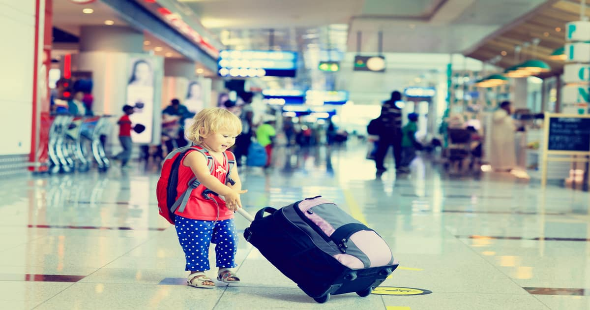 what it's like flying with a toddler on an airplane