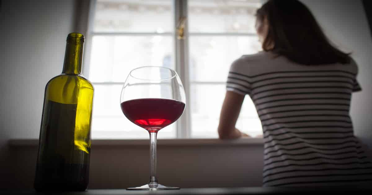 is it ok to drink in early pregnancy